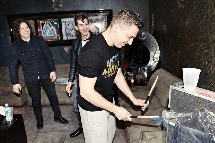Matt Helders, Arctic Monkeys: <i>Breaking Bad</i>.