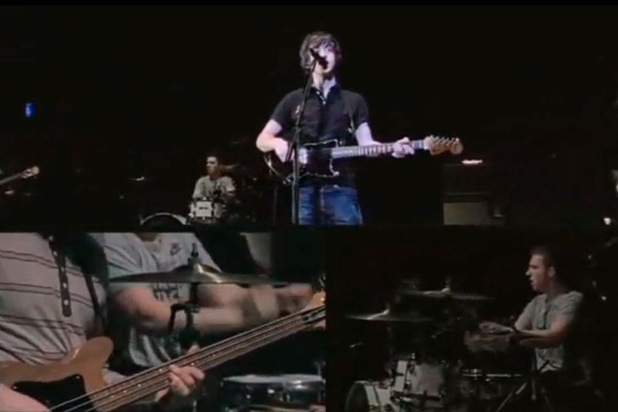 Arctic Monkeys – 'Live At The Apollo'
