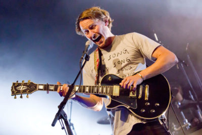 Ben Howard Covers Jessie Ware For Fearne Cotton S Final Radio 1 Live Lounge Watch Nme