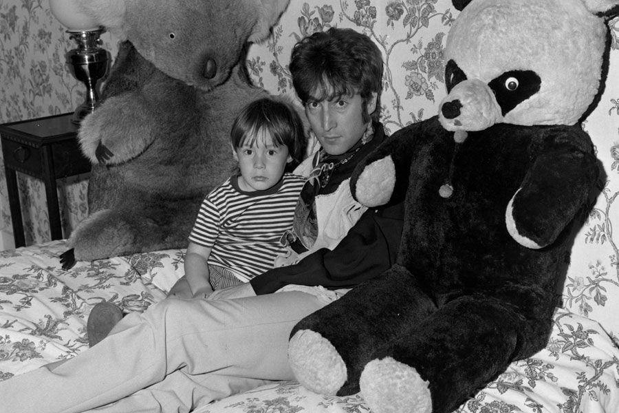Paul McCartney - 'Hey Jude'