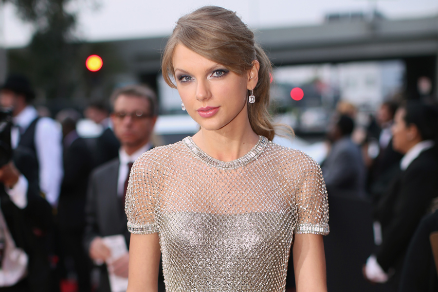 Taylor Swift Reveals That Lena Dunham And Jack Antonoff Inspired 1989 Song Nme