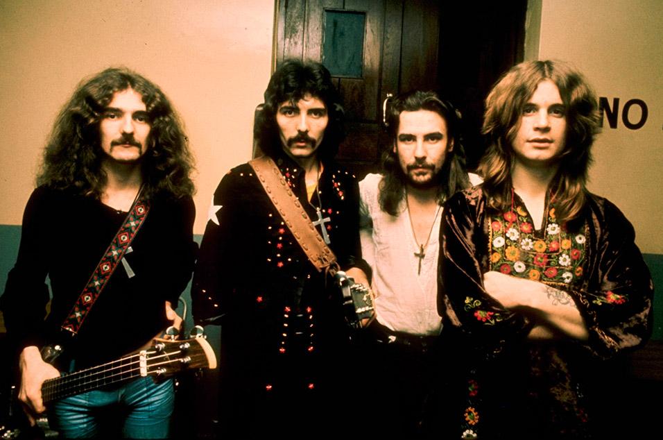 Black Sabbath, 'Paranoid' – 30 mins