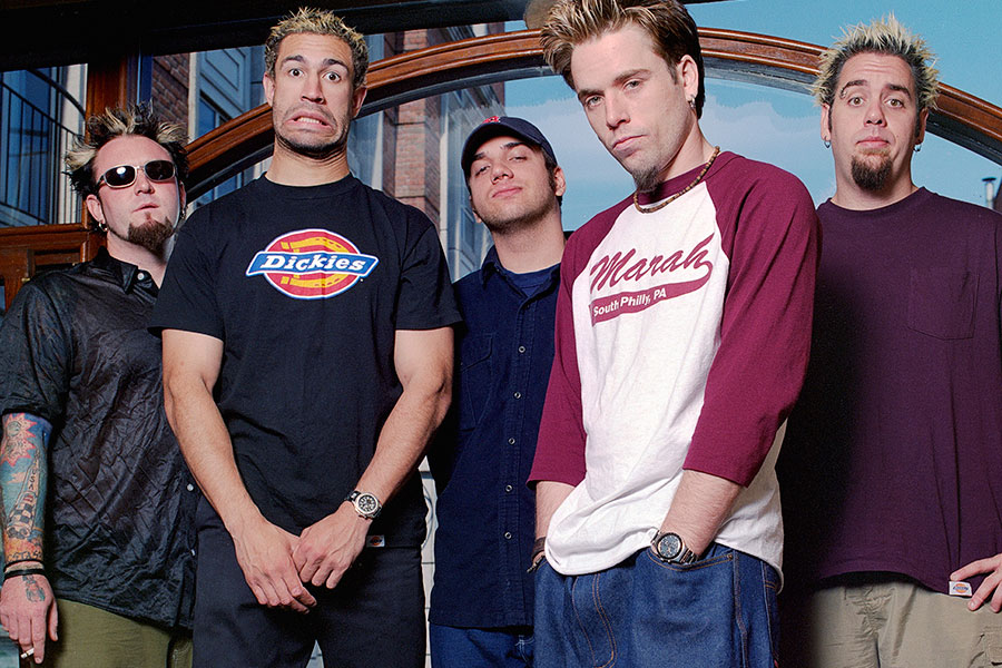 Bloodhound Gang – Russia: