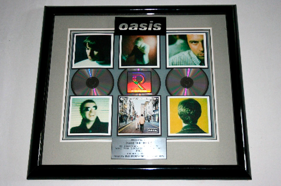 RIAA award for '(What's The Story) Morning Glory?' – £400-600