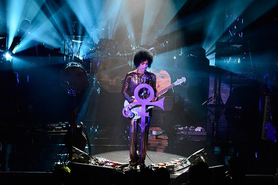 10 Magnificent Album Closing Tracks | NME
