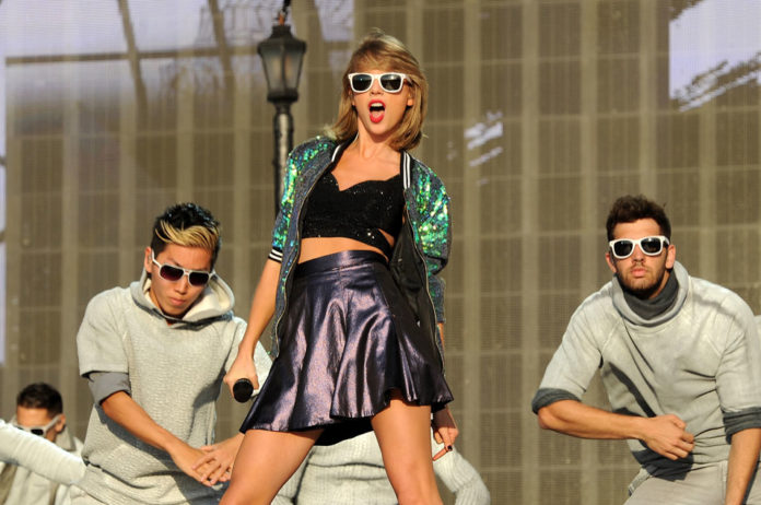 Jewish Group Criticise Feminist Writer Camille Paglia For Taylor Swift Nazi Barbie Comments Nme