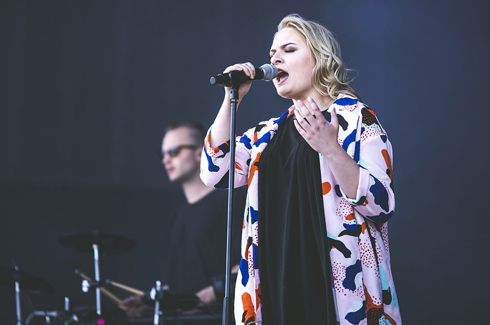 Lapsley <br><br>