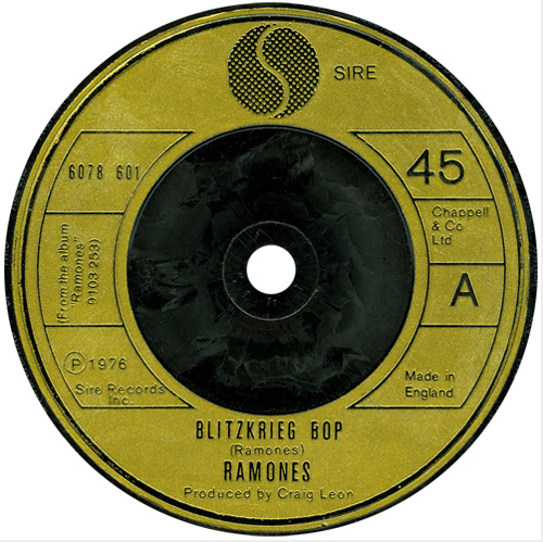 The Ramones - 'Blitzkreig Bop'