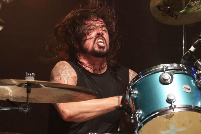 Dave Grohl raves about Meg White's drumming style | NME