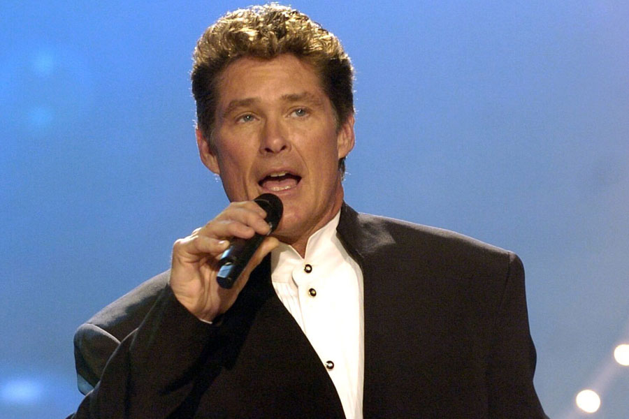 David Hasselhoff unveils new song 'Thirsty For Love' in incredibly cheesy  TV advert - watch