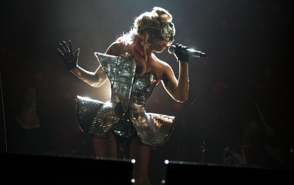 Lady_Gaga_vfestchelms09_PA_013-1-1.jpg