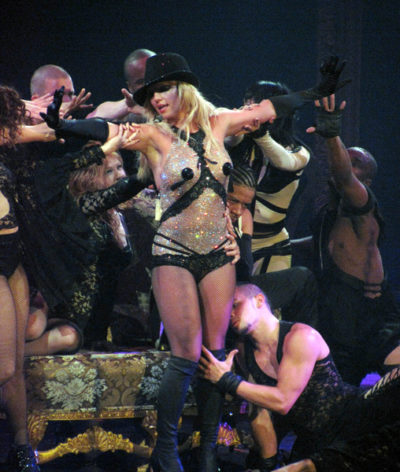 Britney Spears Opens European Tour With Fire Sexy Pants And A Dwarf Nme