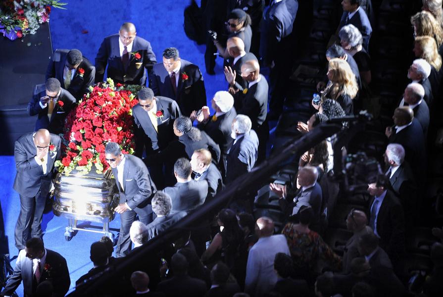 Michael Jackson's memorial service in LA | NME