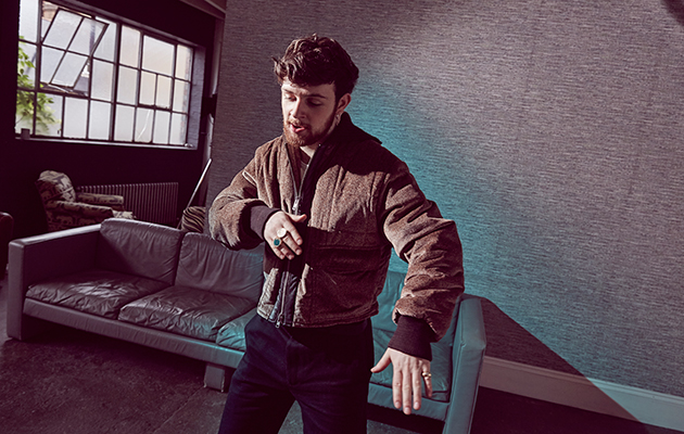 tomgrennan_zoemcconnell_nme03