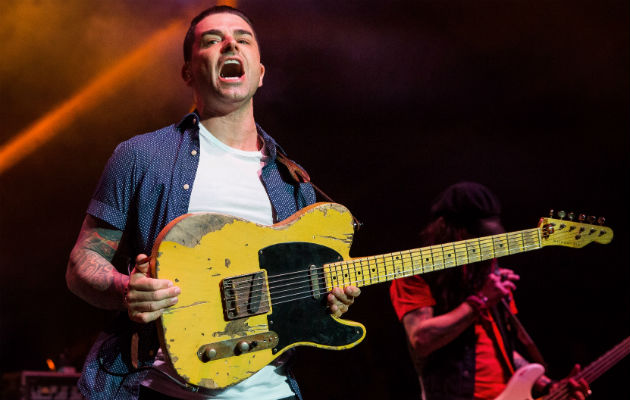 Dashboard Confessional cover 1975 on new EP