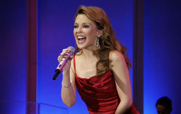 Kylie Minogue signs a new record label with BMG