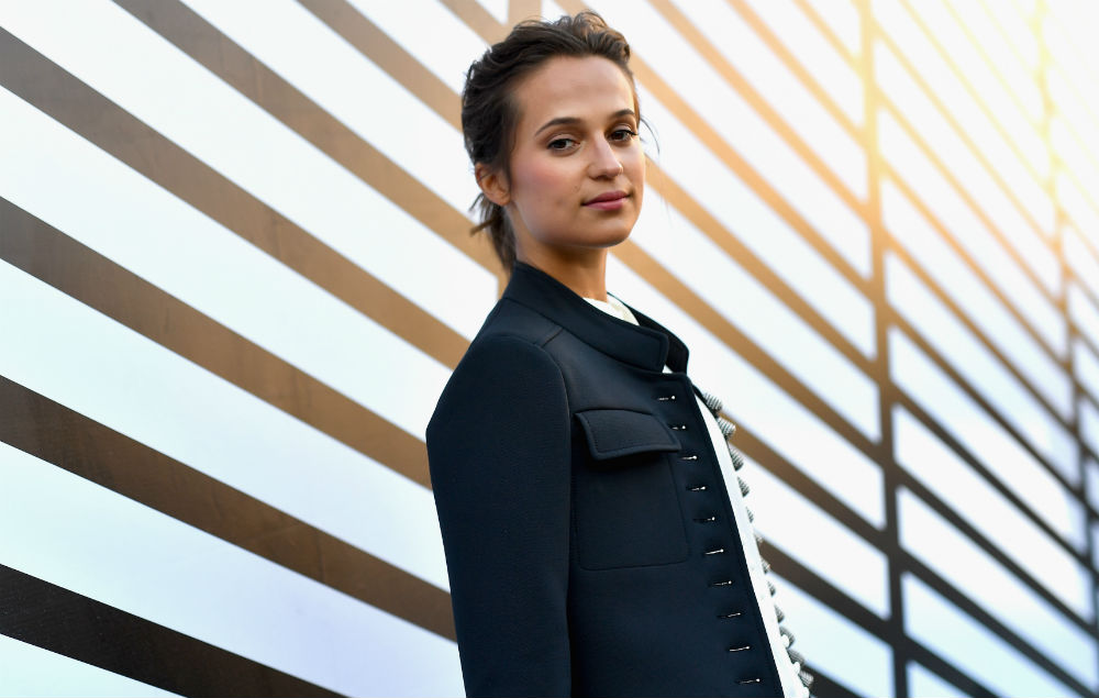 More Photos Of Alicia Vikander As Lara Croft In New Tomb
