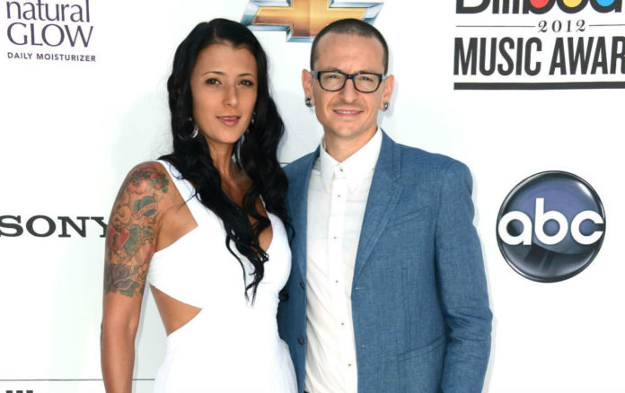 Chester Bennington Wife Twitter hacked