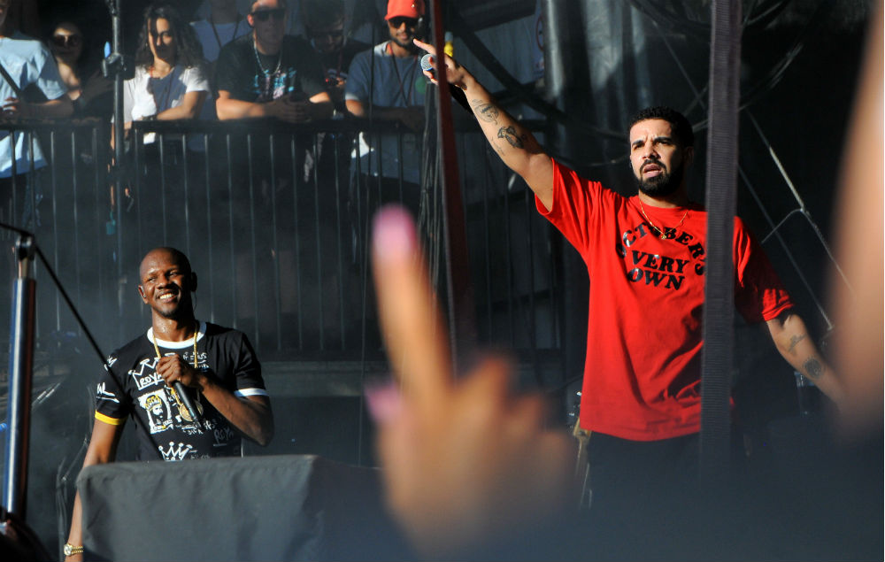 Giggs' biggest performance at Reading yet saw him being joined by Drake. Huge.