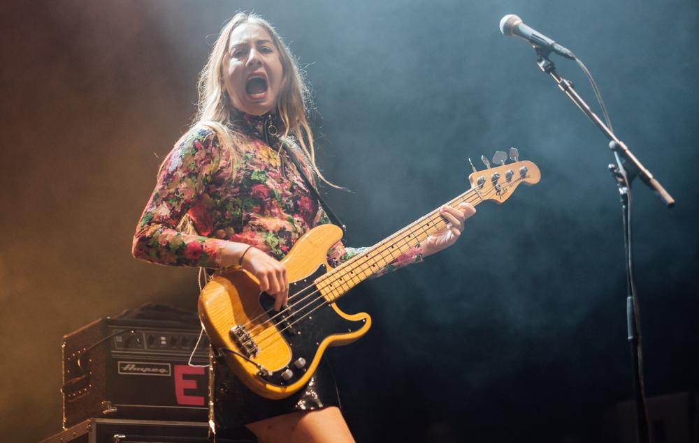 Here's Este Haim doing what she does best at Leeds Festival 2017
