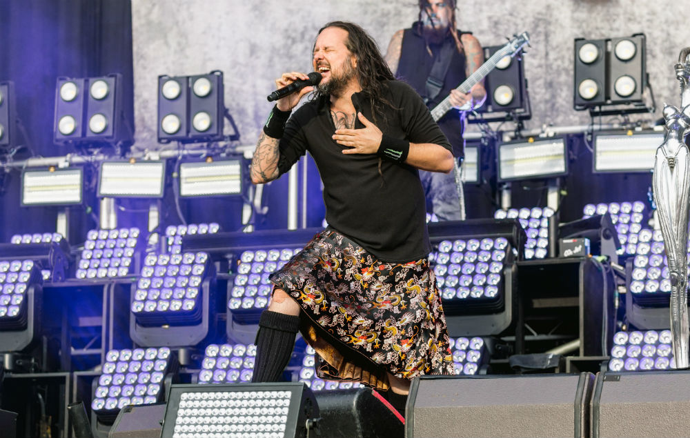 Korn covered Queen and played the bagpipes during their return to Leeds Festival
