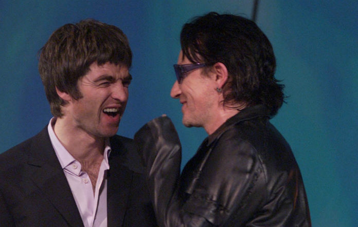 Noel Gallagher and Bono at the 2001 Brit Awards