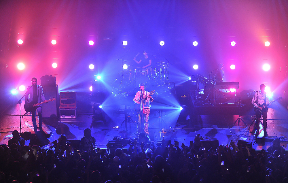Harry Styles kicks off his solo world tour in San Francisco