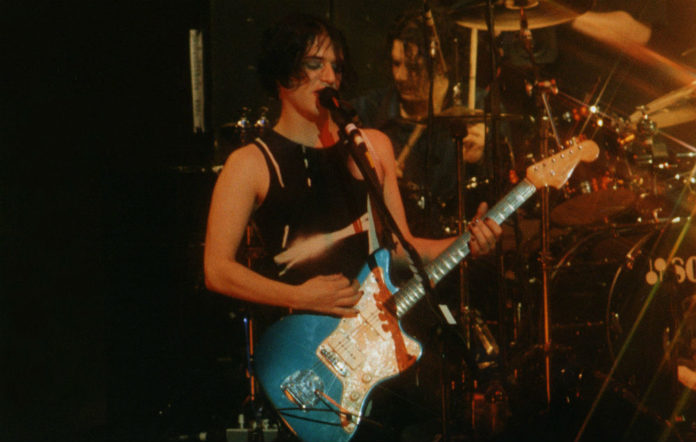 Placebo's Brian Molko live in 1998