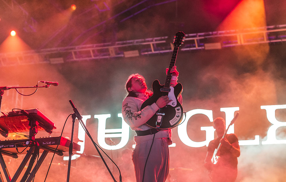 """Jungle share joyous single 'Keep Moving' and tell us about """"chaotic and magical"""" third album 'Loving In Stereo'"""