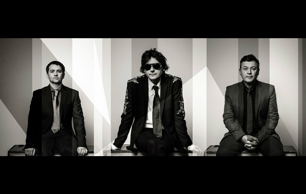 Manic Street Preachers' announce new album 'Resistance Is Futile'