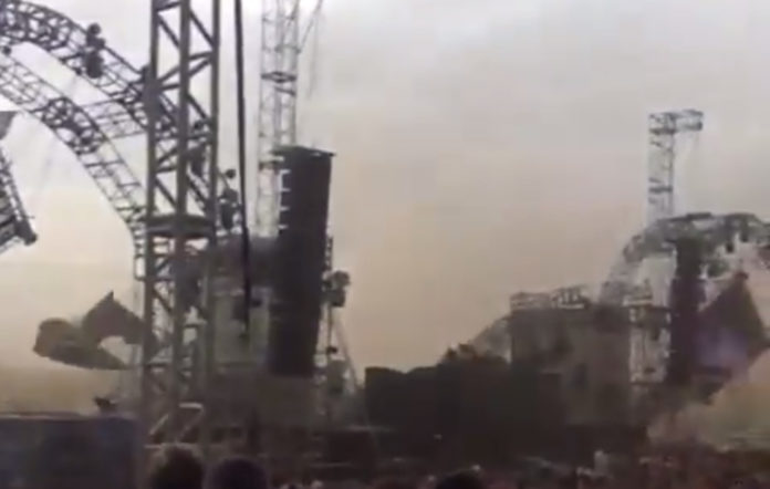 The stage collapses at Atmosphere EDM Festival in Brazil