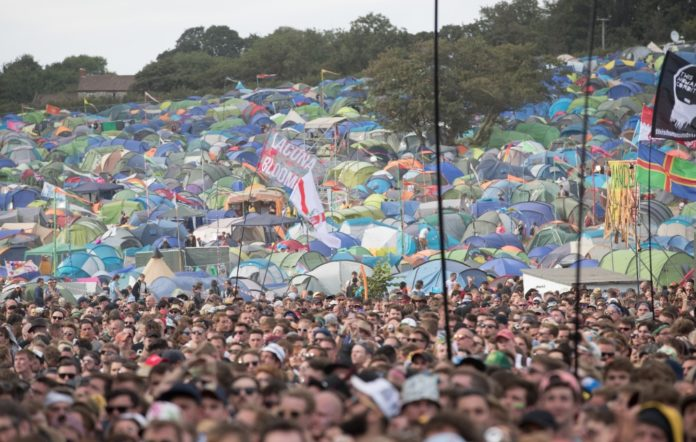 how to find your friends at festivals