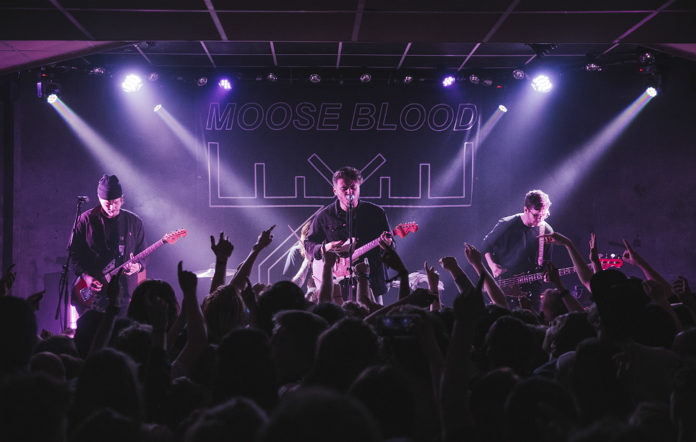Moose Blood live