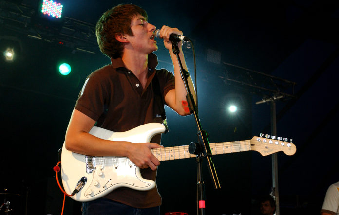 Arctic Monkeys live in 2005