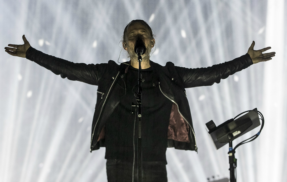 Thom Yorke soothes crowd during Radiohead gig disruption with stunning a cappella performance | NME