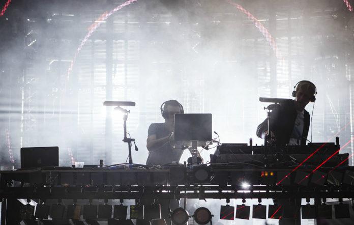 Groove Armada live