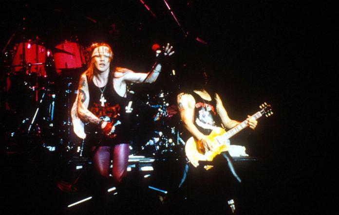 Guns N' Roses, live in 1989