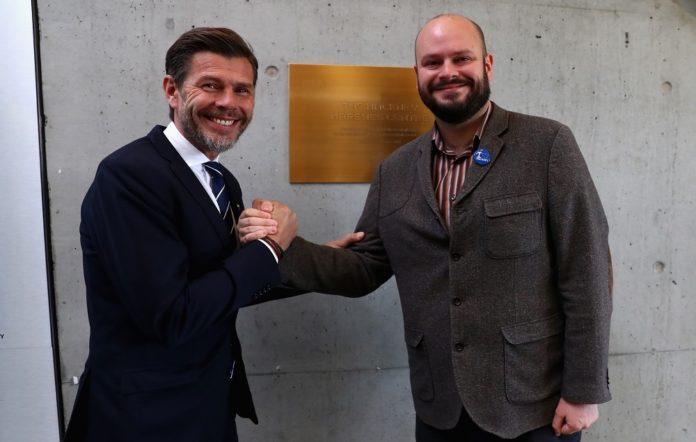 Mayor of Hackney Philip Glanville (left),