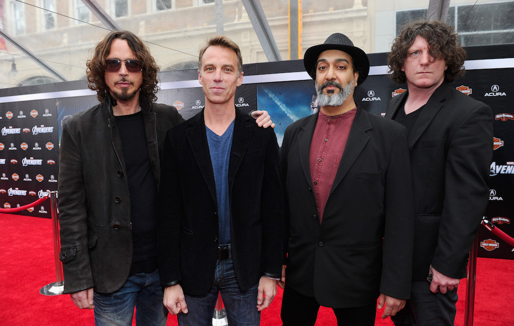 """Chris Cornell's wife reportedly suing Soundgarden over """"ludicrously low"""" buyout offer"""