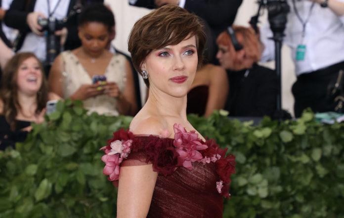 Scarlett Johansson trans