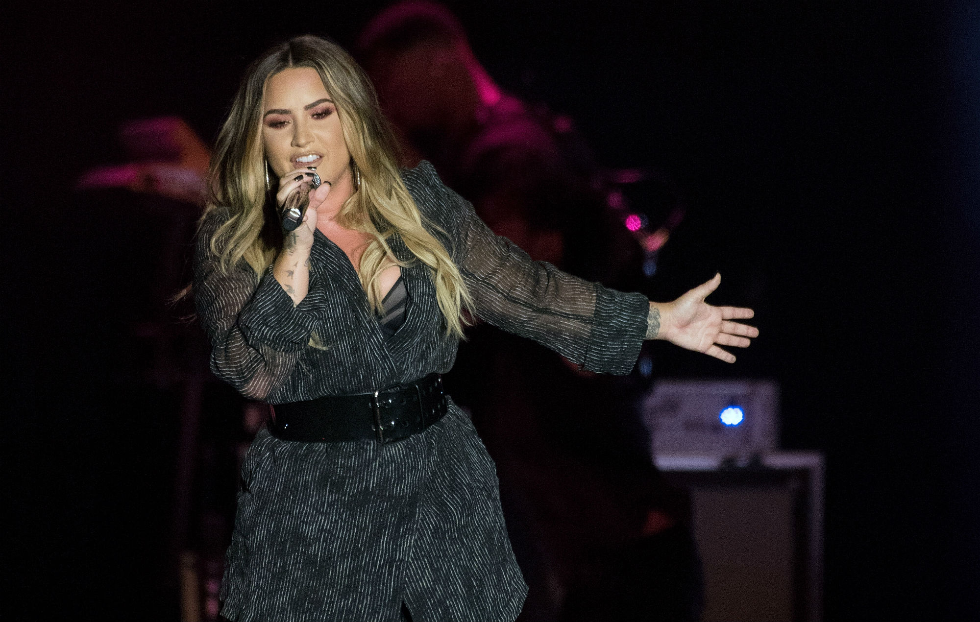 Demi Lovato Cancels Remainder Of Tell Me You Love Me Autumn Tour