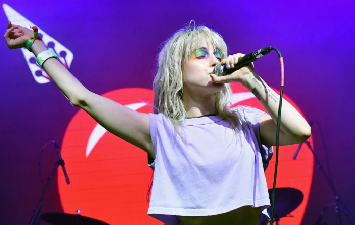 Paramores Hayley Williams: Naked Photo Was My Business