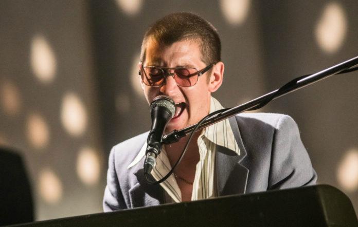 Arctic Monkeys live in Sheffield