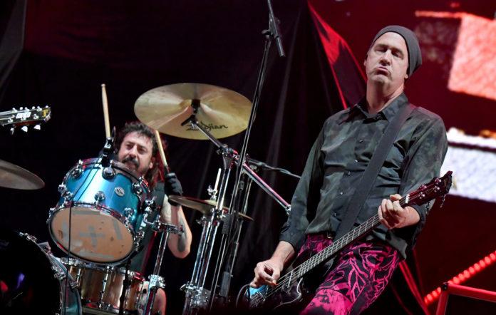 Nirvana perform at CalJam '18