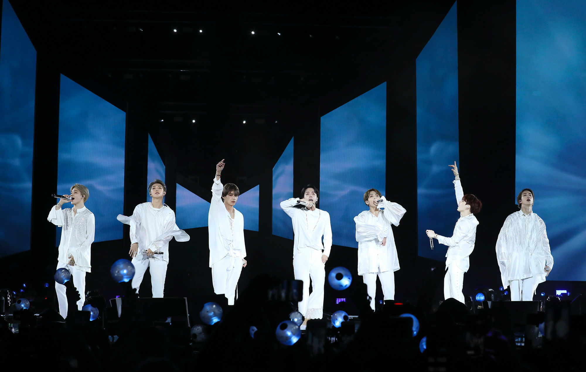 Bts Make History In New York With A Dazzling And Inclusive Stadium