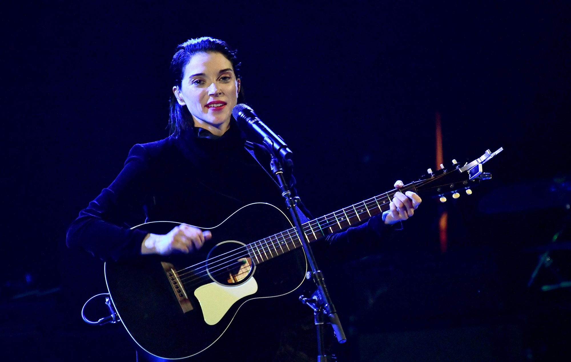 Annie Clark of St. Vincent performs a solo during The Malibu Love Sesh Benefit Concert at Hollywood Palladium