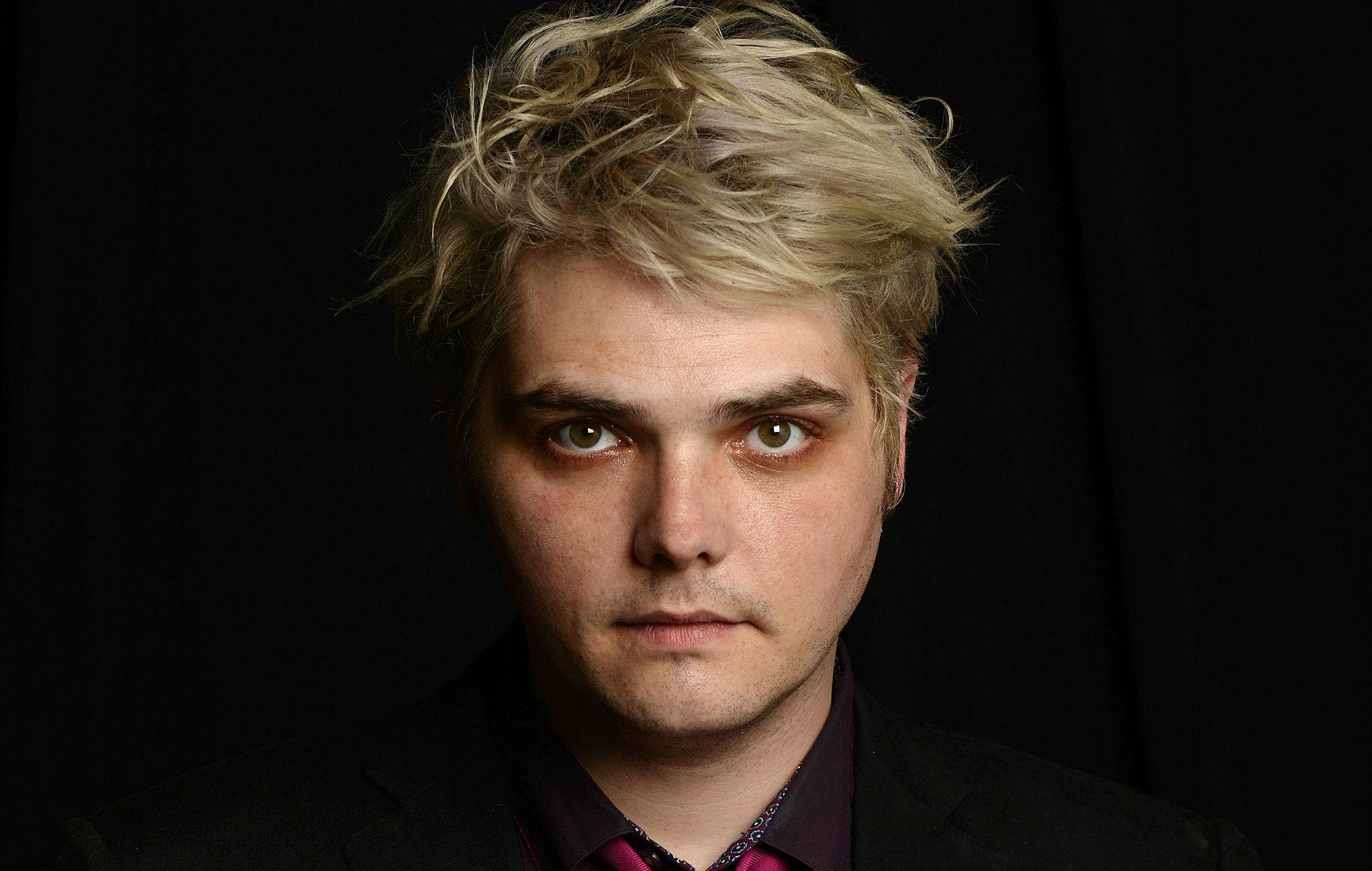 Gerard Way Confirms The Umbrella Academy Season 2 With Short Trailer Nme