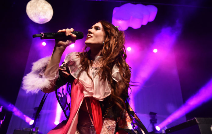 Kate Nash condemns plastic pollution in new track 'Trash'