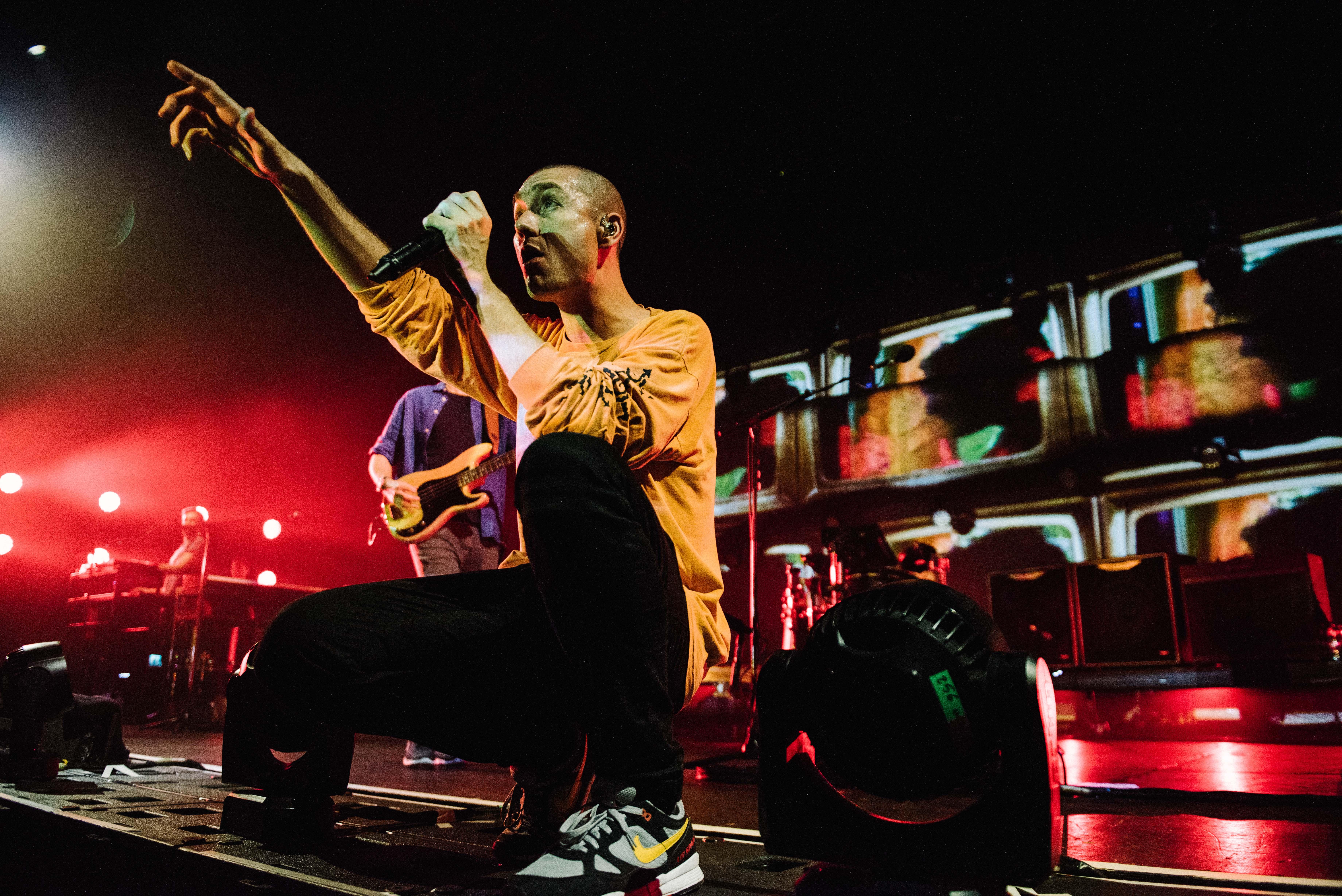 Bastille Dan Smith live Manchester Feb 2019