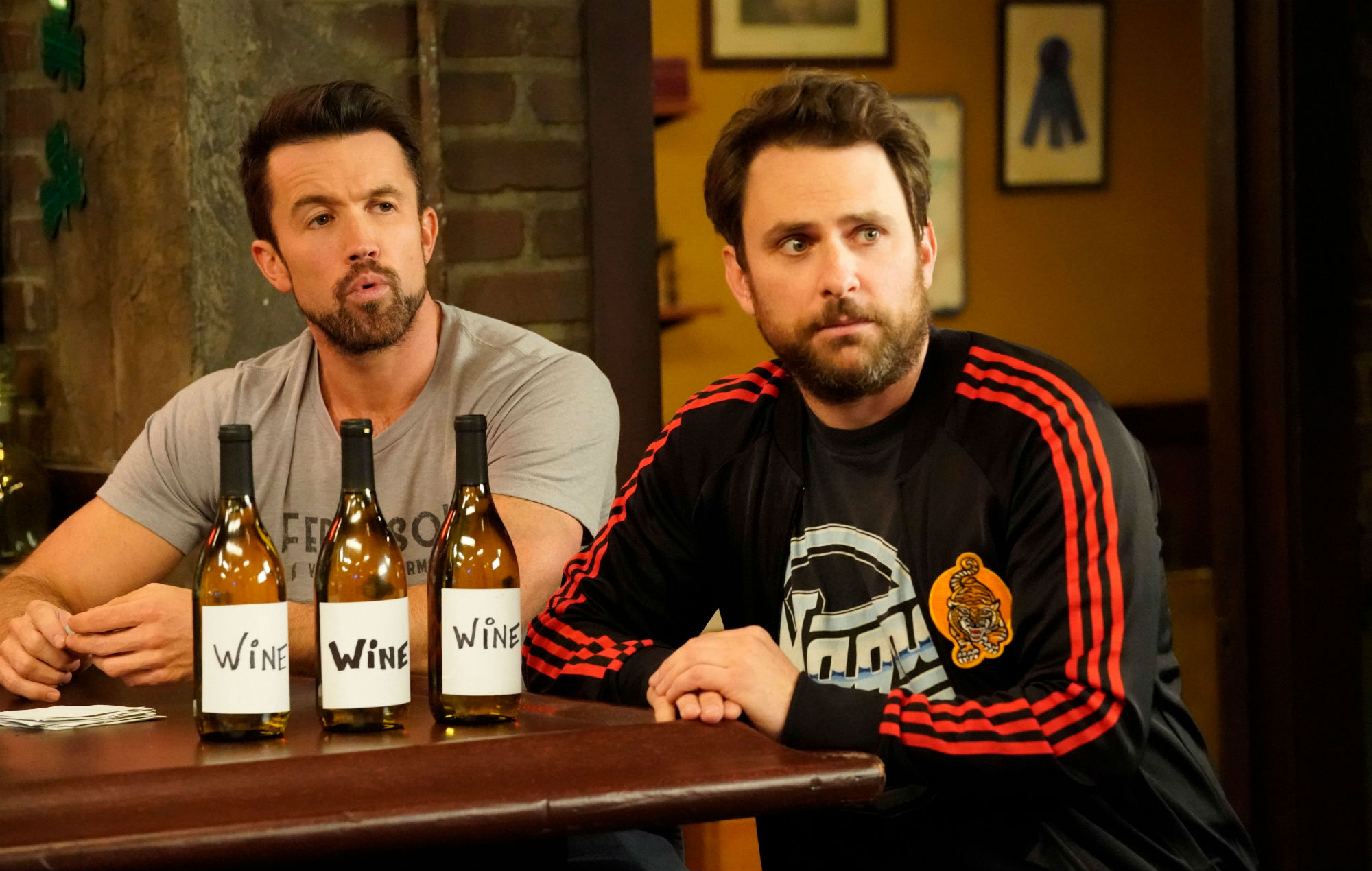 Mac and Charlie in 'Always Sunny'